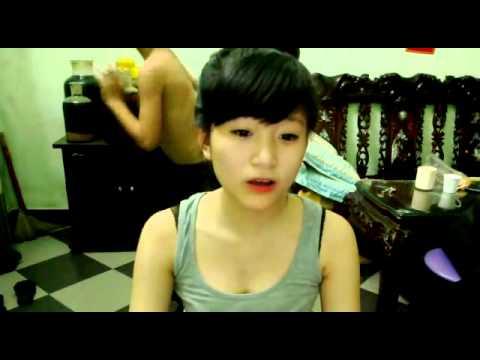 Rượu ngon, gái đẹp, lại còn có cả múa thoát y nữa =)) Gái Nam Định