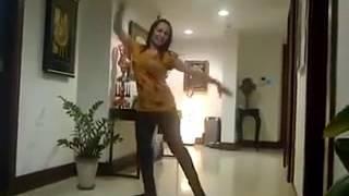 Download Video Farzana Naz 2016 Dance in Dubai /رقض فرزانه ناز MP3 3GP MP4