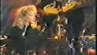 Kylie Minogue - Look My Way - Hey Hey it
