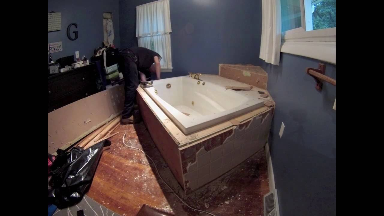 Bath tub removal Time Lapse - YouTube
