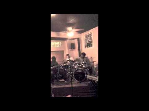 DFW Shed Session - Give The Drummer Some