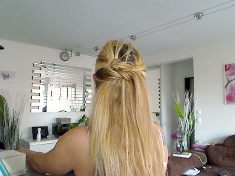 tuto coiffure 17 en moins de 3 minutes une coiffure. Black Bedroom Furniture Sets. Home Design Ideas