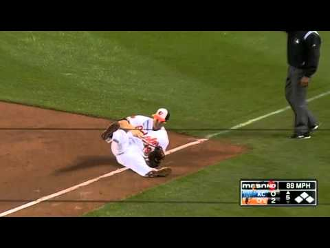 Baltimore Orioles Vs Kansas City Royals Chris Davis Diving Grab 2013