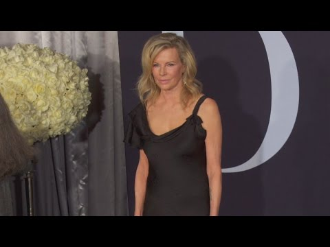 Kim Basinger Looks Fabulous At 63 In Time For 'Fifty Shades Darker' Movie Premiere