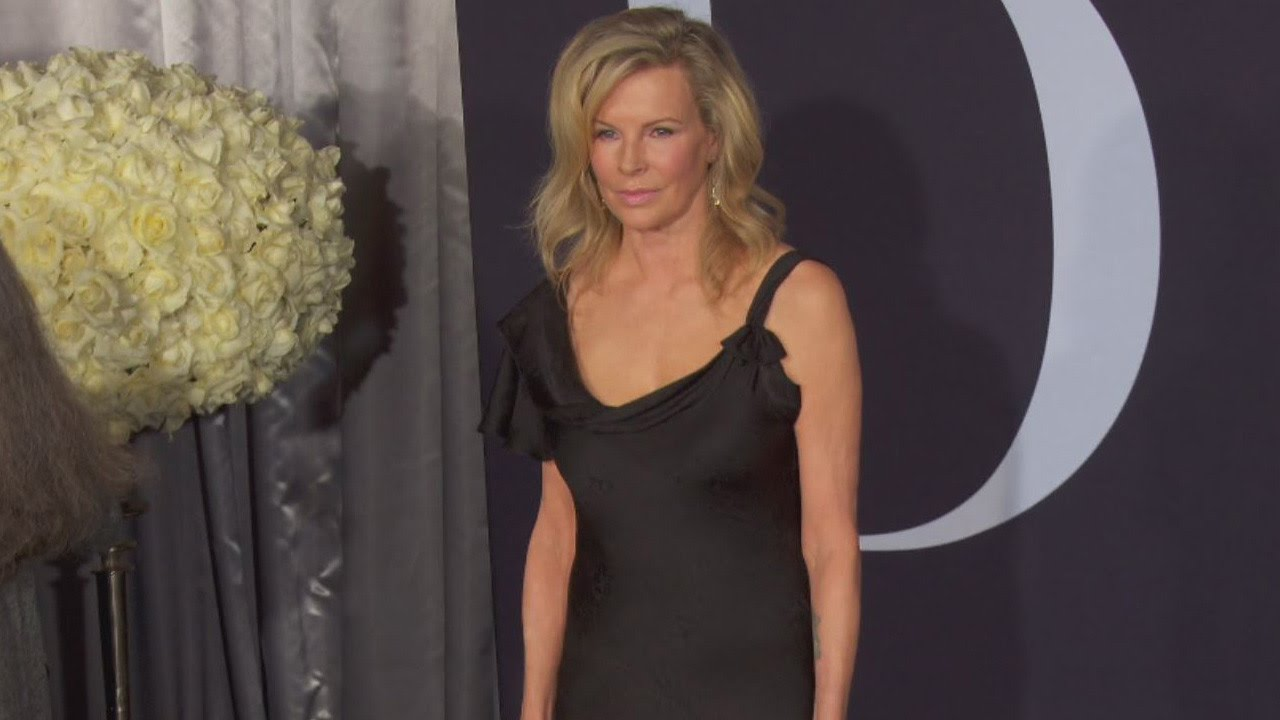 Kim Basinger Looks Fabulous At 63 In Time For 'Fifty Shades Darker ...