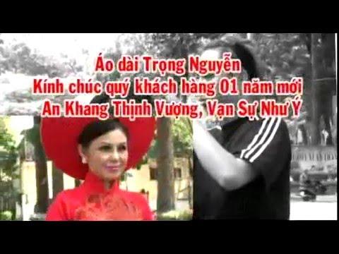 Doanh nhan Kim Nhi Duyen Dang Ao dai trong nguyen