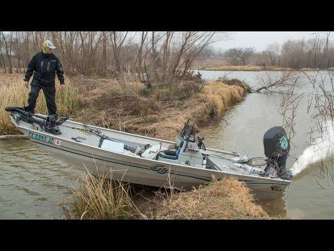River Jet Boat Bass Fishing