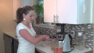 How to Make Fresh Grapefruit Juice