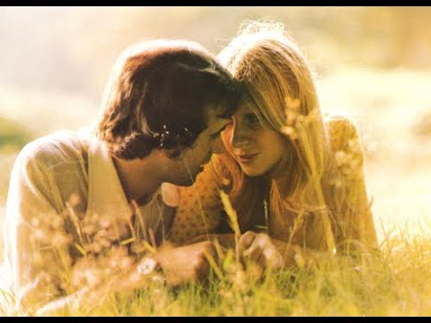 LOVE IS ALIVE - Gary Wright  (1975)