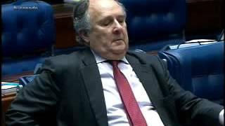 Se Alexandre Moraes fosse senador, ele não votava nele mesmo para o STF, diz Requião