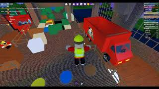 Playing Roblox work at a pizza place (with Yi Hong and Jia Hong)