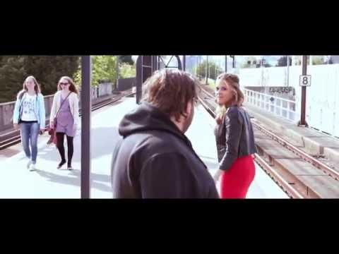 Evenblij & van Eijk - Lul Haags met me (Kenny B - Parijs cover)