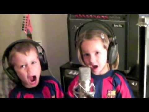 Himno F.C. Barcelona Barça cantado por niños de 3 años