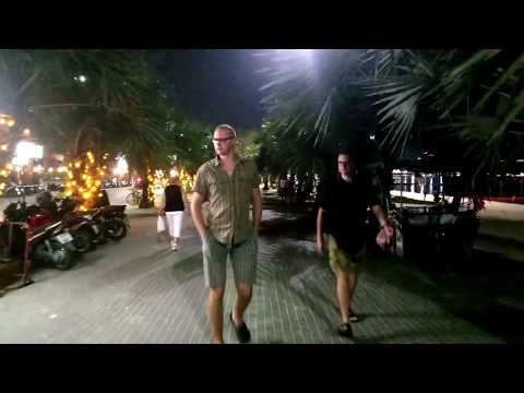 Walking all Pattaya Beach Road at 9:00 PM , Pattaya Thailand