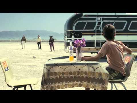 Salvando Al Soldado Perez (Saving Private Perez) Trailer