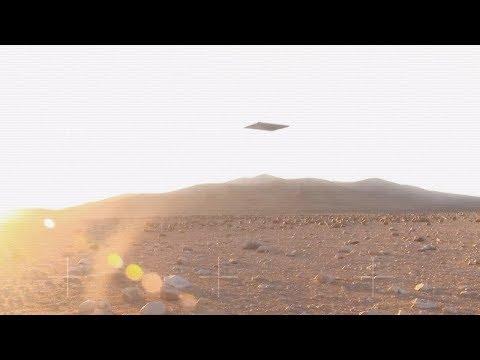 Monolith UFO in the sky of Mars (CGI)