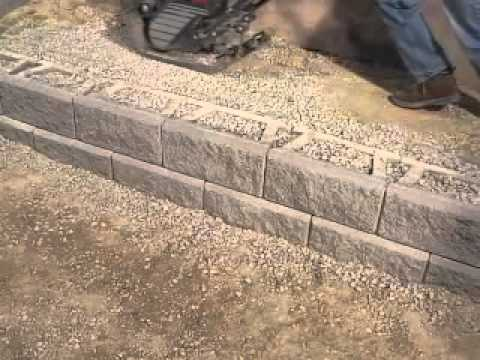 Diy superstore installing a retaining wall youtube solutioingenieria Images