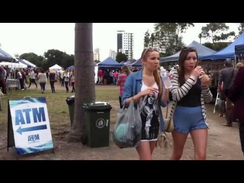 Burleigh Heads Fashion, Art & Craft Market in Gold Coast