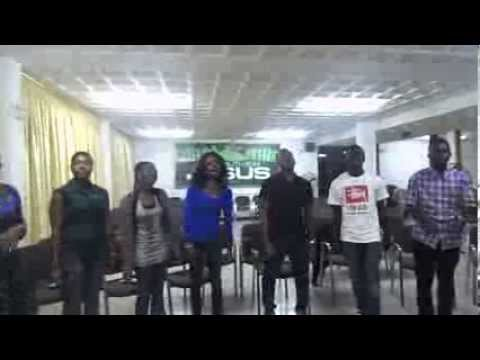 OVERFLOW INC singing I AM (cece winans) at rehearsals