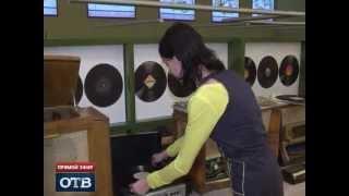 В музее Екатеринбурга слышат голоса из прошлого(История звукозаписи от граммофона до CD-дисков. Все это представлено на выставке под названием «Голос»,..., 2013-01-29T17:45:04.000Z)