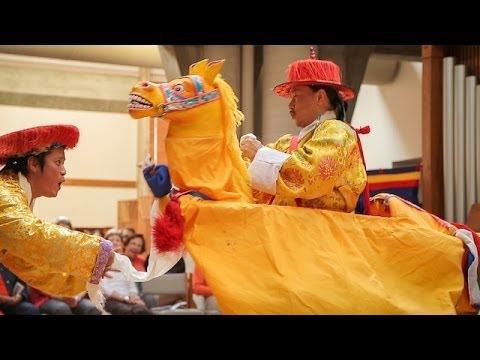 "Tibetan folk opera, ""Sukyi Nyima"" (""As Radiant As the Sun"") - Part 1"