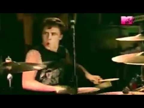Sum 41 - Still Waiting - Music Video