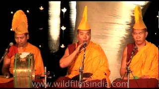 Ritual tantric chanting by Tibetan Monks