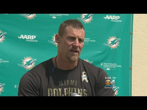 Dan Campbell Puts Dolphins Players Through Oklahoma Drill
