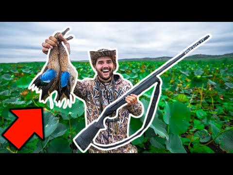 SOLO Duck Hunting CHALLENGE with My NEW BOAT on PUBLIC LAND!!! (I Broke It)