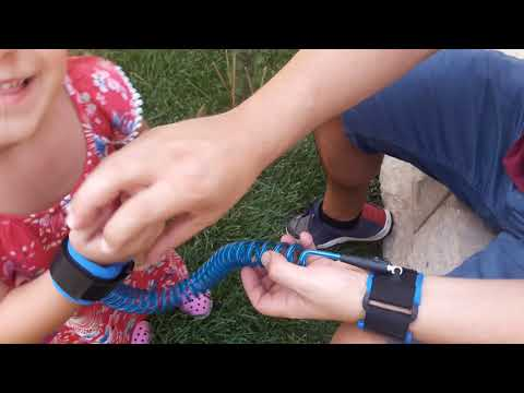 Toddler harness walking leash- child anti lost wrist link – child safety harness – 2 pack