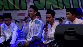 Video Dangdut Nirmala Ala Santri - Dalam Rangka Mimbar Hari Santri Nasional 2017 download MP3, 3GP, MP4, WEBM, AVI, FLV Desember 2017