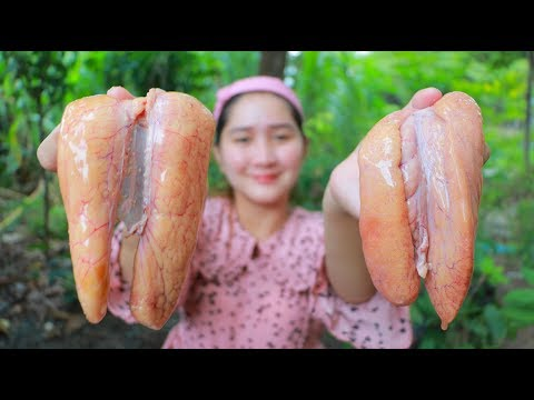 Yummy Fish Egg Cooking Bamboo Shoot – Pick Bamboo Shoot And Chili Leaves – Cooking With Sros