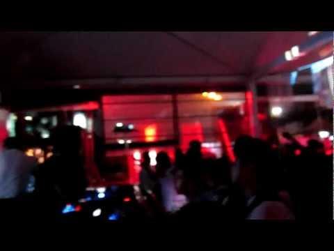 Arjun Vagale & Frederic//Kaiserdisco at City Bar (Bangalore)