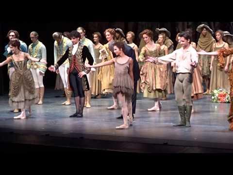 'Manon.' Main Curtain Call. Royal Opera House. 19/10/19.