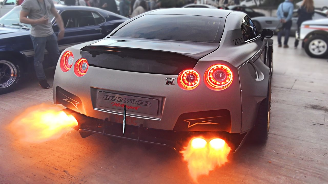 Widebody Nissan GT-R Launch Control FLAMES sets off Car Alarm! - YouTube