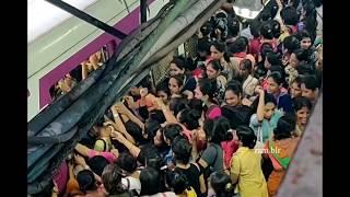 mumbai local train rush