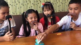 Unboxing Mainan Anak Moustache Smash Seru dan Lucu - Bermain Tebak Kumis