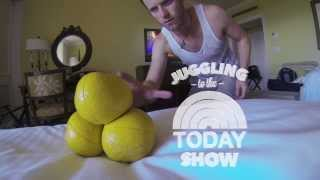 Repeat youtube video Juggling to
