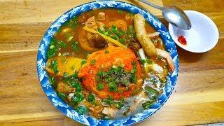 Tô bánh canh chả cua đáng ăn nhất Sài Gòn, giá cực kỳ bình dân