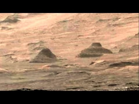 Twin Pyramids Discovered on Mars by NASA's Curiosity Rover