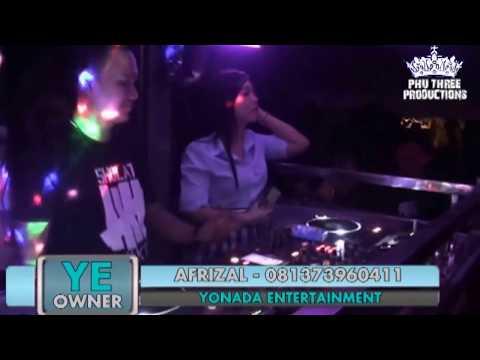 DJ HERU GUSTO FEAT FDJ SANDRA.. ZONA MUSIC YONADA LIVE SUNGAI REBO