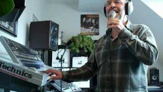 Demo Vocal Harmonizer TC Helicon Voice Live 2 live performed by Musiker Lanze Alleinunterhalter