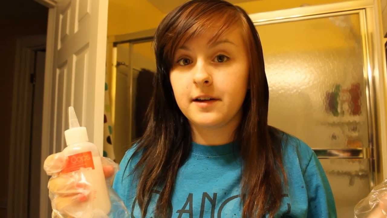 Dying my hair + Color Oops Adventure - YouTube