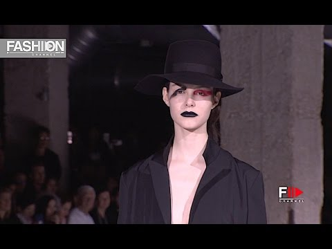 YOHJI YAMAMOTO Fall Winter 2017 2018 Paris Fashion Week - Fashion Channel