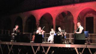 Frankie Gavin & De Dannan a Bobbio - Planet Ireland with Bodhran solo Eric Cunningham