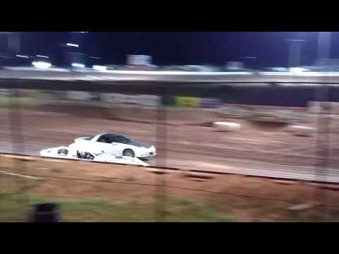 Most unbelievable spectator race ever. Abilene Speedway 6/16/18 part 2