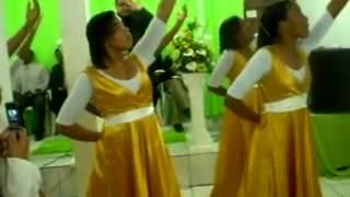 grupo de coreografia da igreja Deus é amor de SERRINHA BA