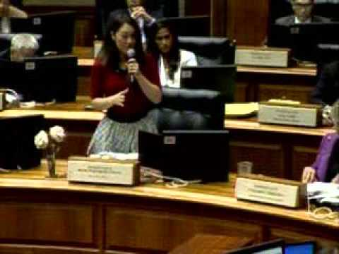Rep. Fukumoto Chang addresses HB 2357 regarding the age of consent for mental health services.