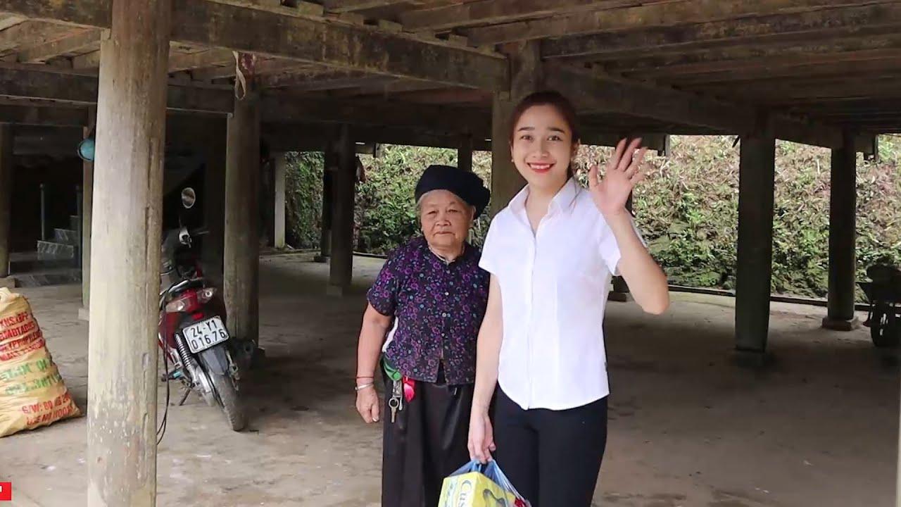 Về thăm ông bà ngoại - Bữa cơm xum vầy rộn vang tiếng cười