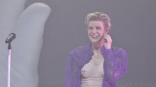 Robyn, Dancing On My Own, audience takeover, live at the Fox Theater (Oakland), 2/26/2019 (HD)